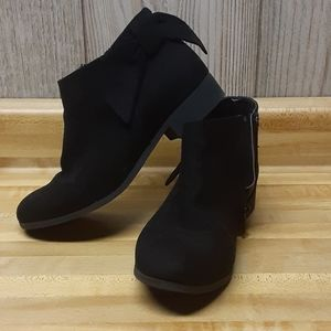 NINE WEST Booties With Bow